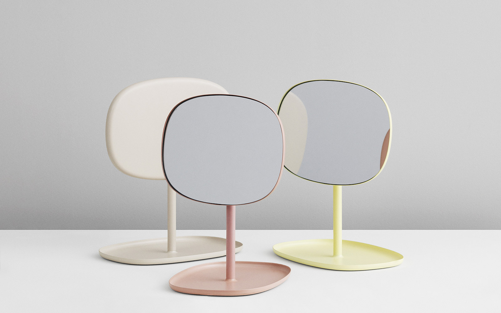 Stilig Flip Mirror in black - Minimalistic table mirror with functional tray IA-85
