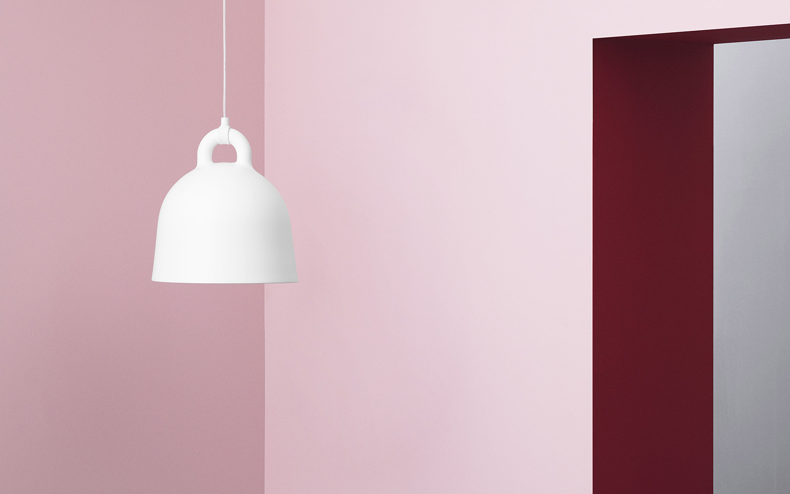 Designer & Bell Lamp small | A robust and minimalistic ceiling lamp in matte sand