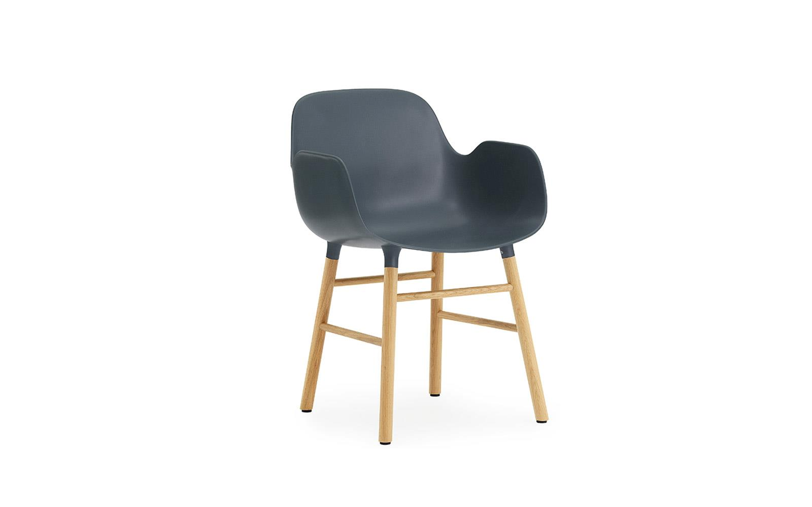Form Armchair Oak1