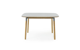 Form Table 120 x 120 cm1