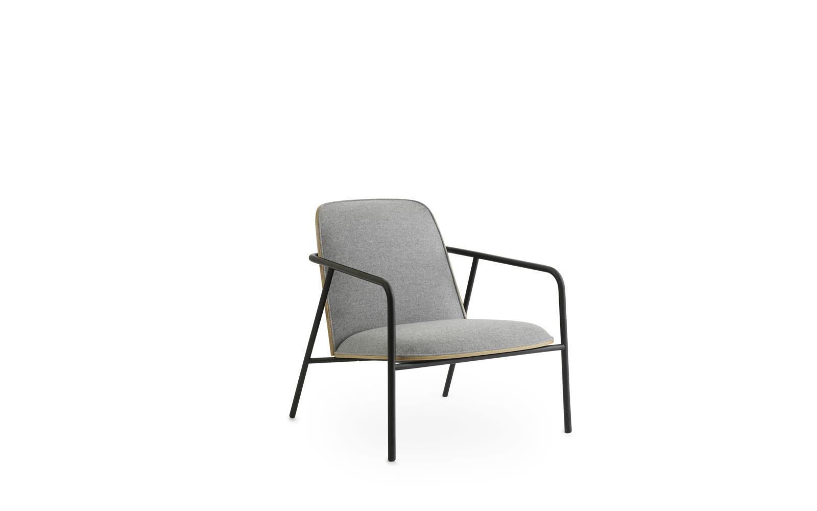 Pad Lounge Chair Low Black Steel Oak