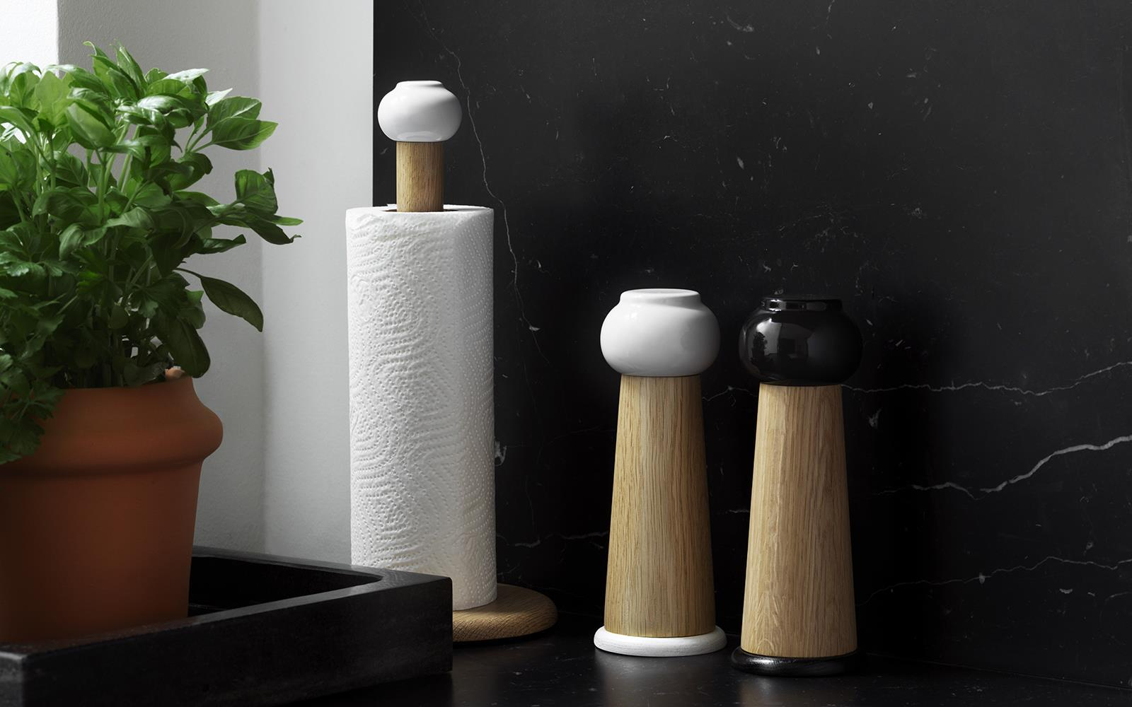 Barrel Paper Towel Holder2