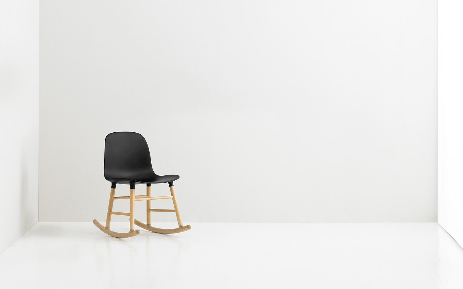 Form Rocking Chair | Normann Copenhagen