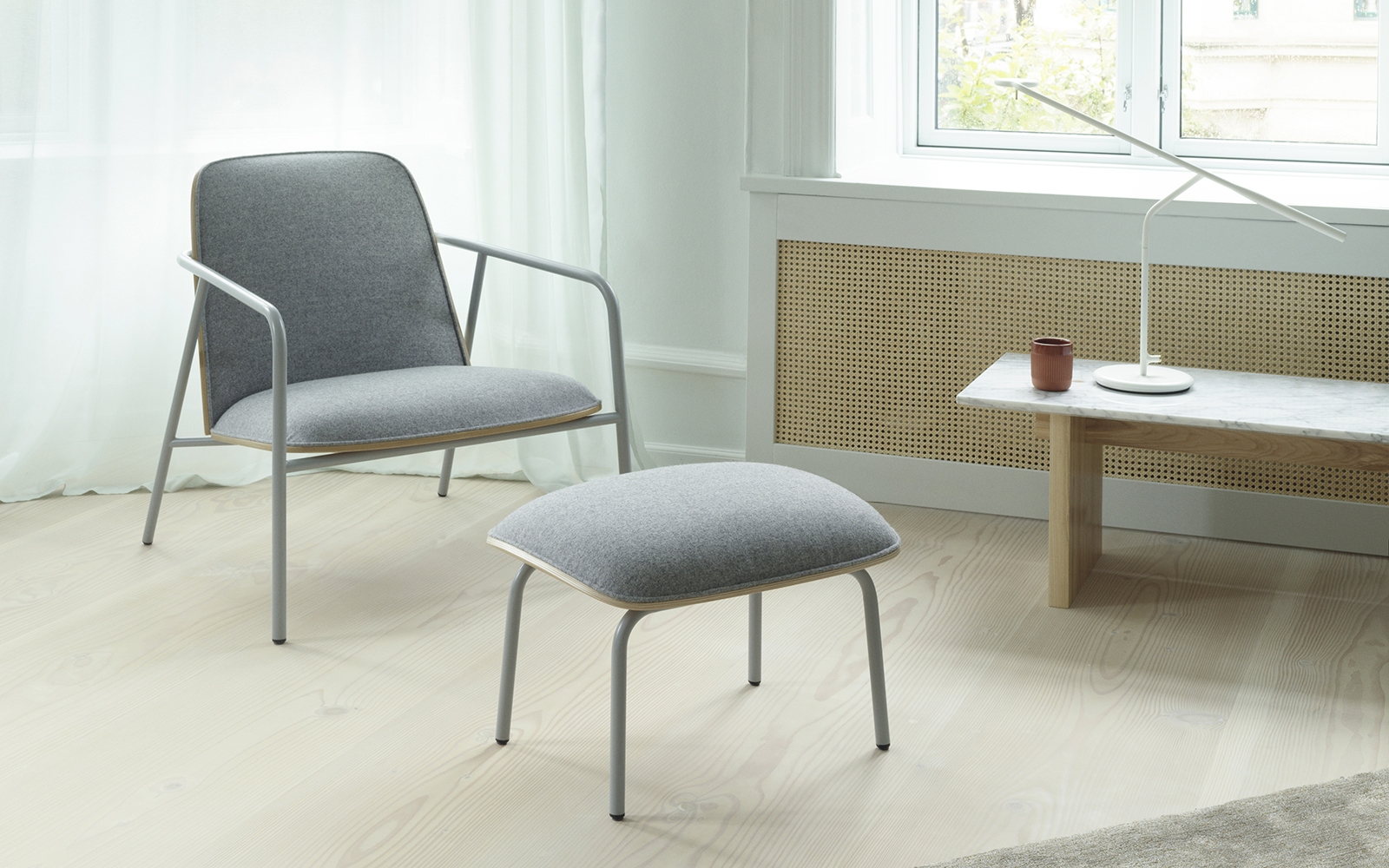 Pad Lounge Chair High Grey Steel Black Synergy