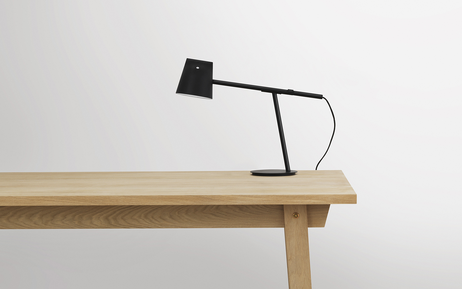 Table lamp design classic - The Momento Led Table Lamp Is The Designer Duo S Idea Of A New And Simplified Version Of The Classic Office Lamp The Typical Technical Office Lamp