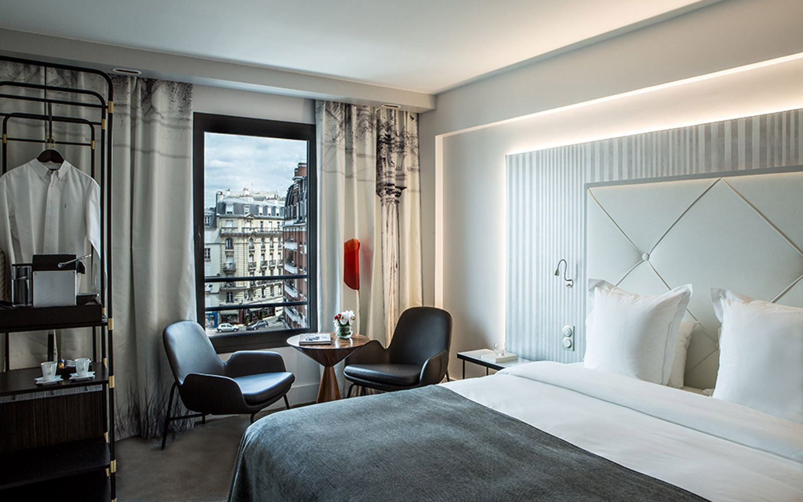 The welcoming atmosphere of the rooms at h tel le parisis are complemented by - Normann copenhagen paris ...