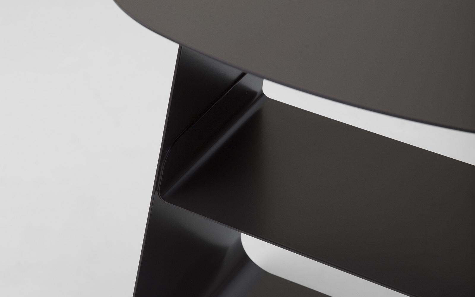 Stay | A minimalistic steel side table