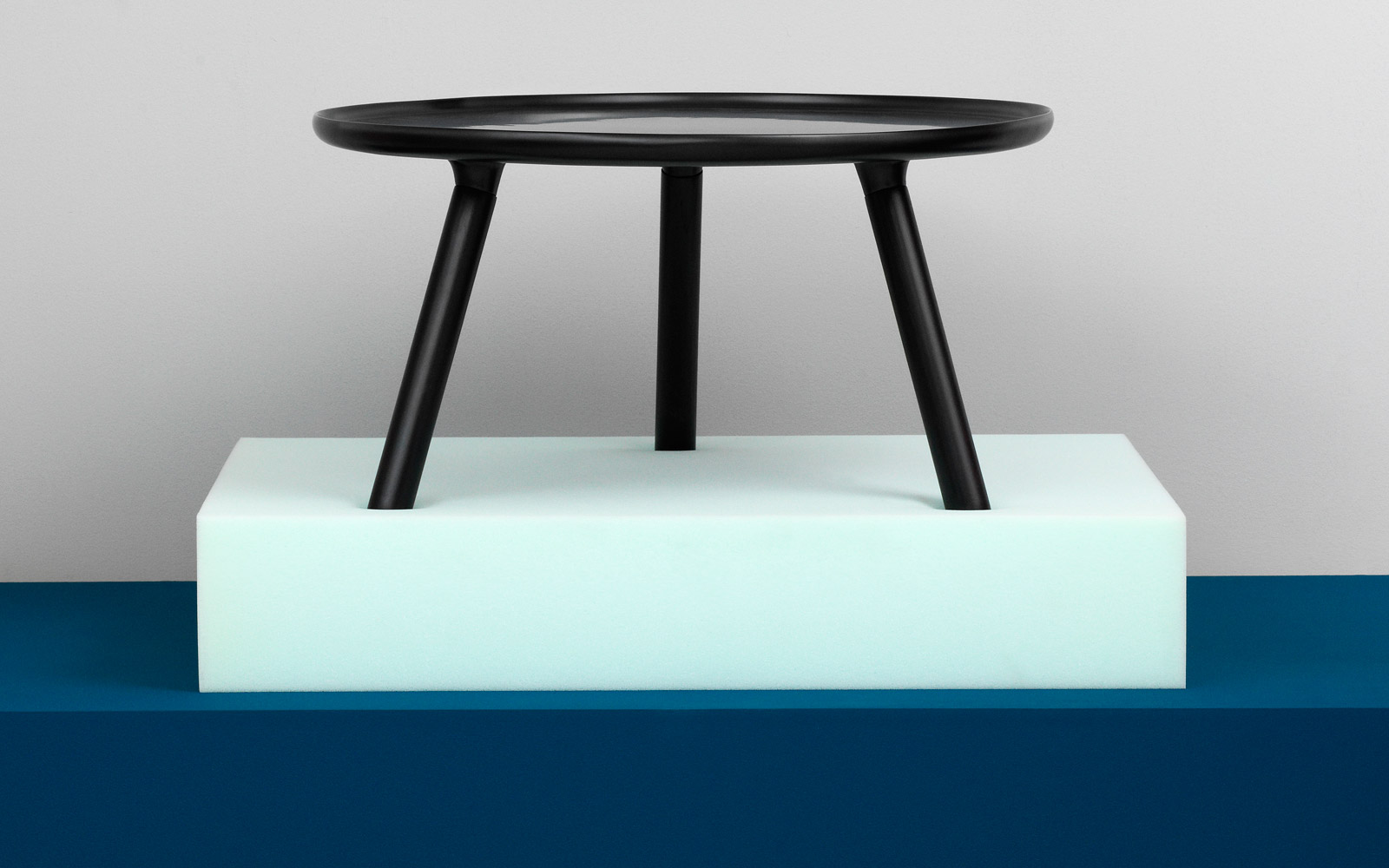 Tablo Table A Minimalistic Coffee Table In Black With Legs Of Ash