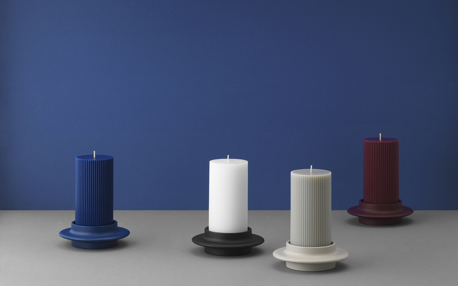 Heima candlestick minimalistic candle holder of cast iron - Normann copenhagen paris ...