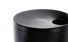 Stepp two ash tray black detail